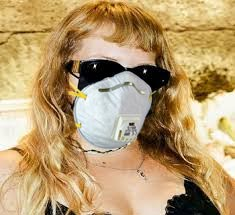 miss-keta-maschera